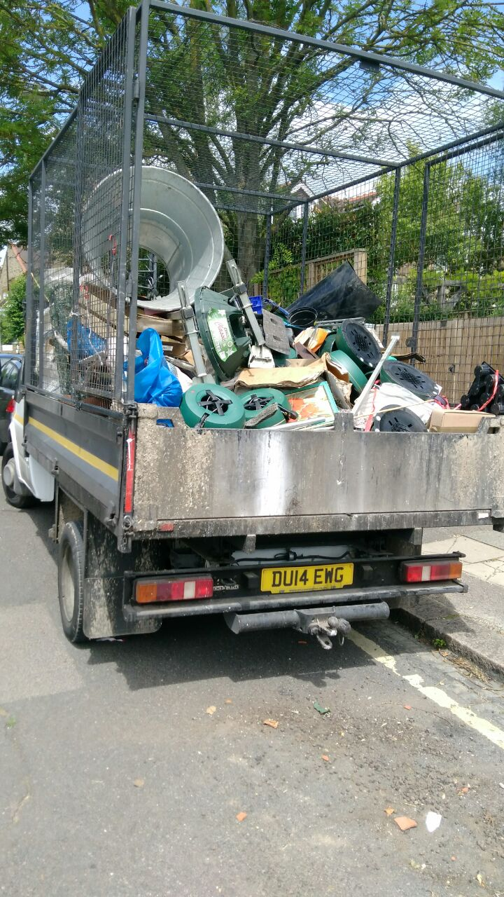 rubbish removalists Gunnersbury