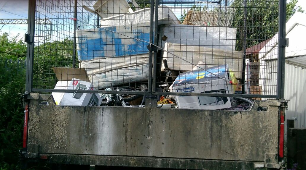 KT1 business waste collection Kingston